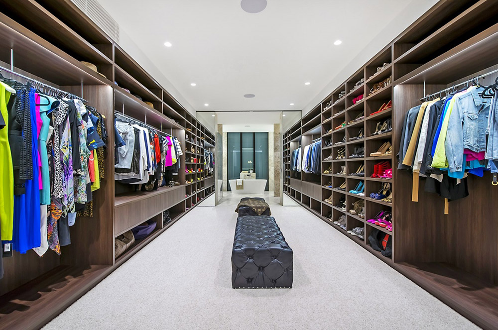 25 Celebrities with Over-the-Top Closets - Hot Lifestyle News
