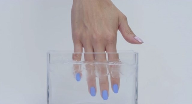 This Nail Polish That Changes Colour Will Blow Your Mind