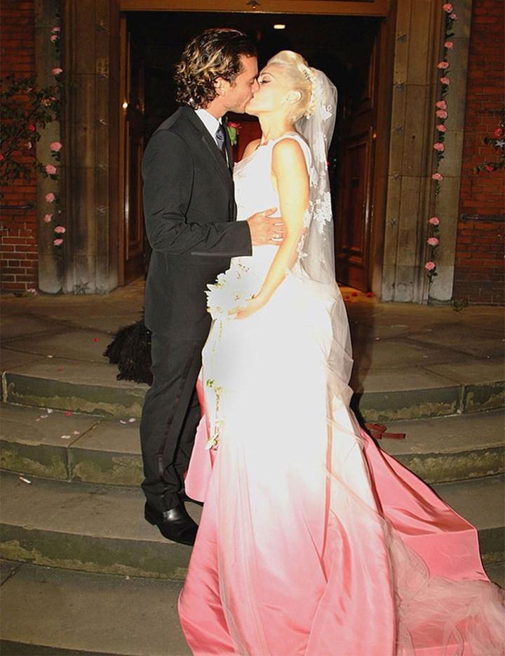 Zosia Mamet Wedding.Zosia Mamet Tied The Knot In A Black Wedding Dress Marie Claire