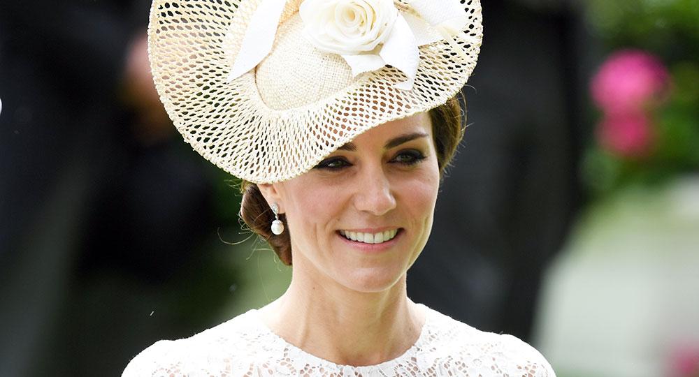 e7e8ffa972fb How Kate Middleton Wears High Heels All Day Long
