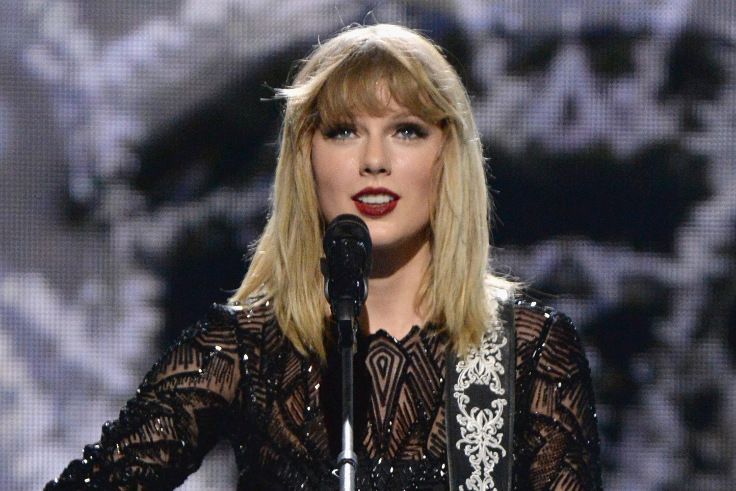 Taylor Swift Confirms Tour Of Australia And New Zealand In ...