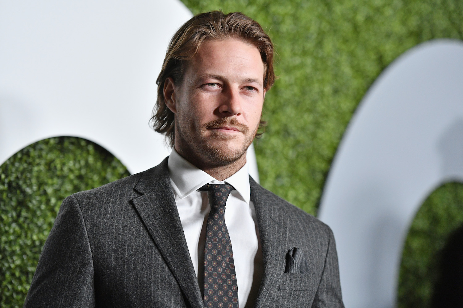 Actor Luke Bracey Spills About Mate Chris Hemsworth And Point Break Marie Claire Australia
