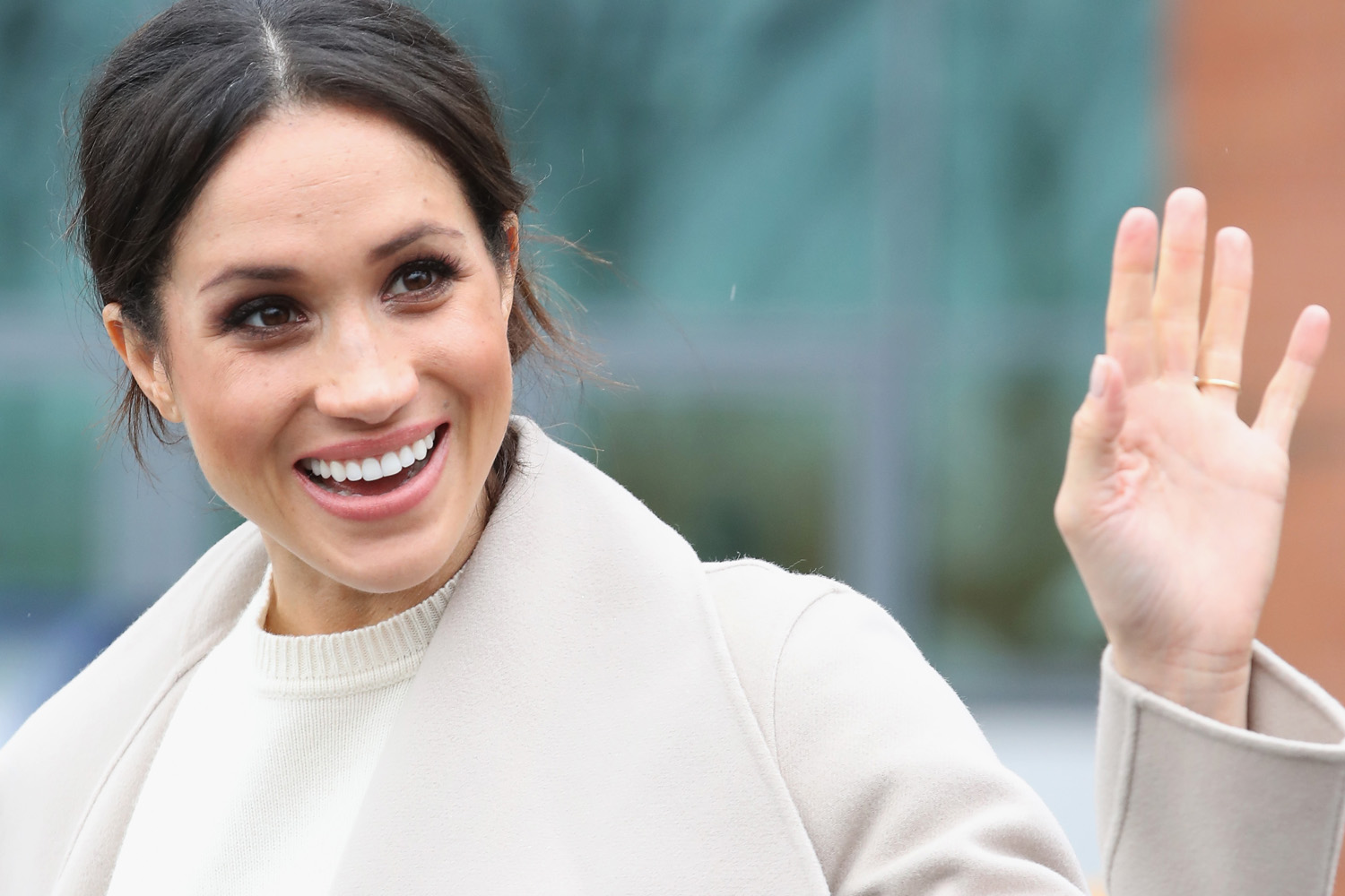 Meghan Markle 'Wants To Be Princess Diana 2.0', Says Book
