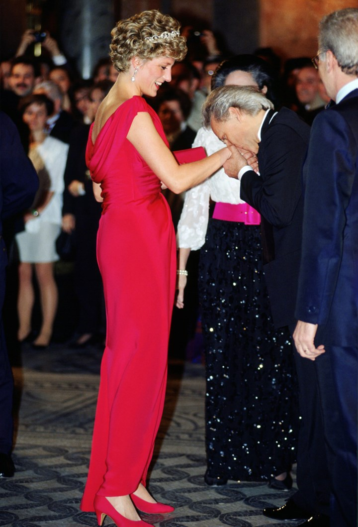 princess diana s best fashion moments marie claire australia princess diana s best fashion moments