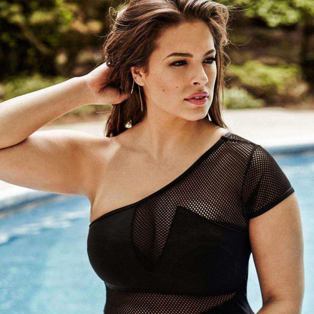Model Ashley Graham La...
