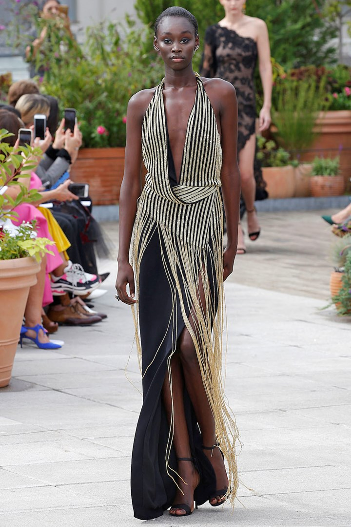 7e6ee5d38ba76 The Best Model Moments From New York Fashion Week 2018   Marie ...