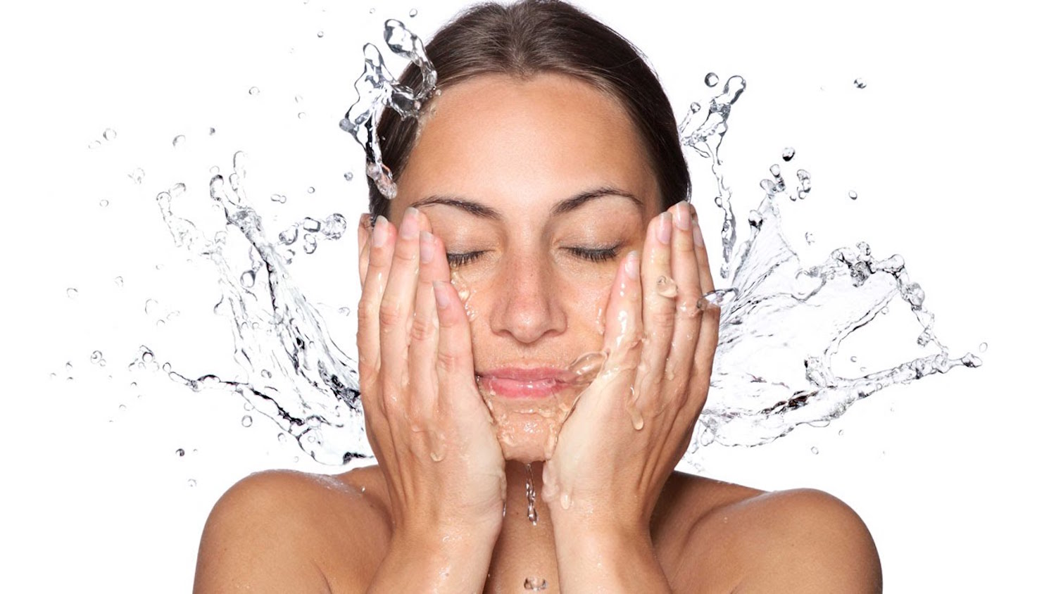 washing face with water