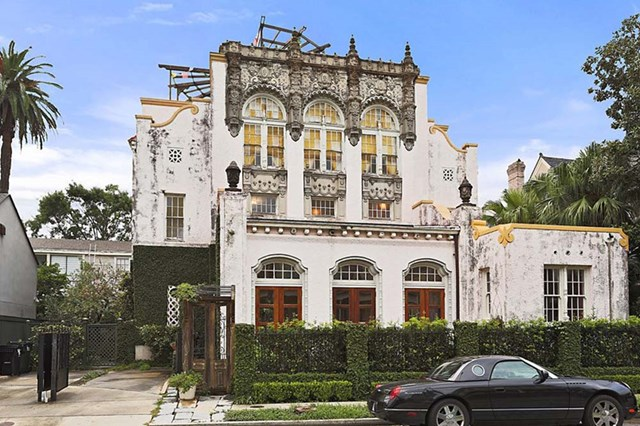 Take A Tour Of Beyonce and Jay Z's Epic New Orleans Home