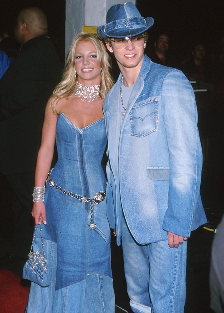Wonderbaarlijk 90s Dress Up Ideas - The 17 Best 90's Themed Outfits | Marie FD-84