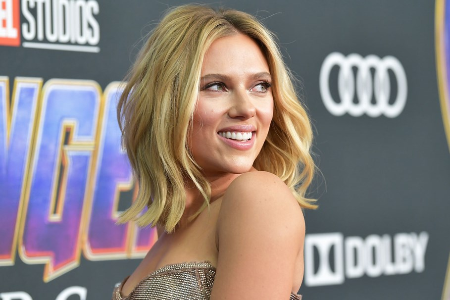 """Scarlett Johansson Claims She Has The Right To Play """"Any Person"""" She Wants"""