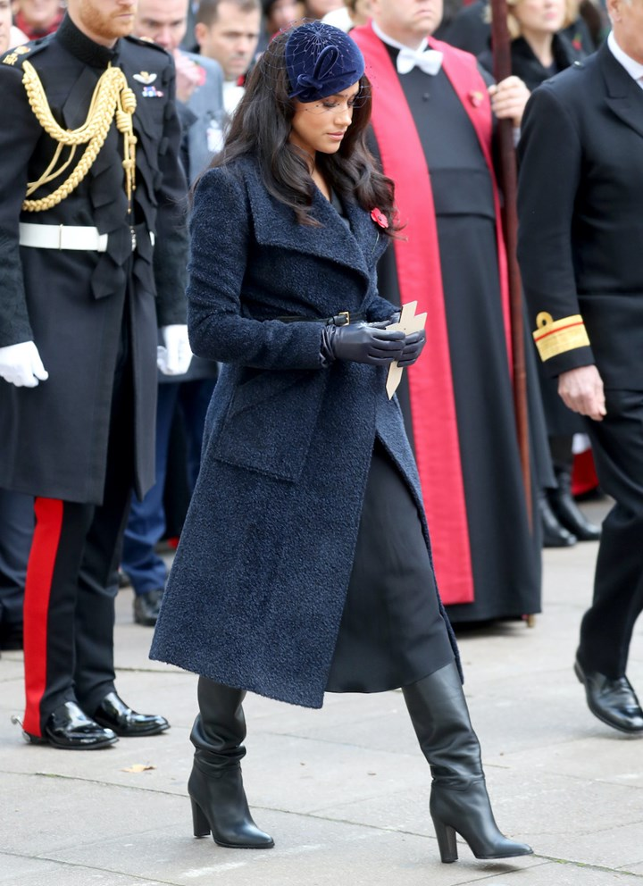 meghan markle and prince harry attend remembrance day event at westminster abbey marie claire australia meghan markle and prince harry attend