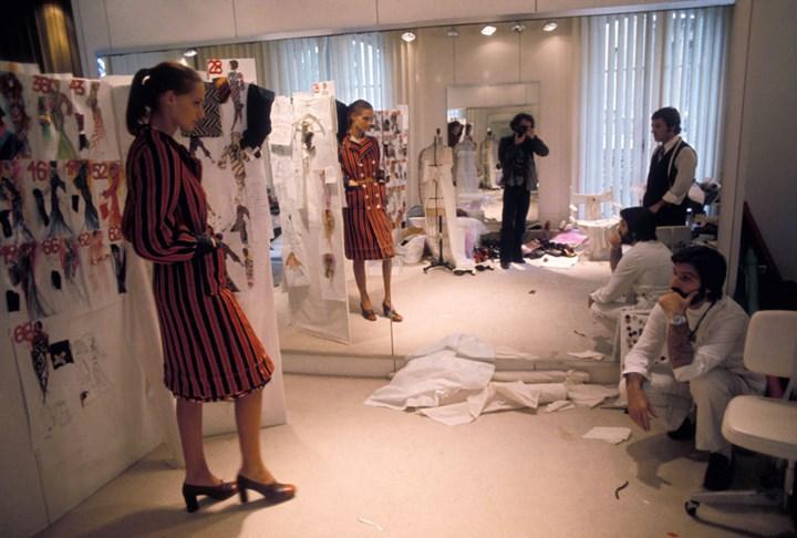 French Fashion Designer Emanuel Ungaro Has Died Marie Claire Australia