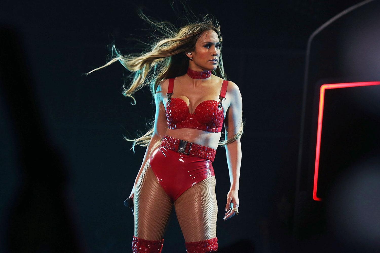 Jennifer Lopez Just Posted An Insane Bikini Selfie And We Are Speechless