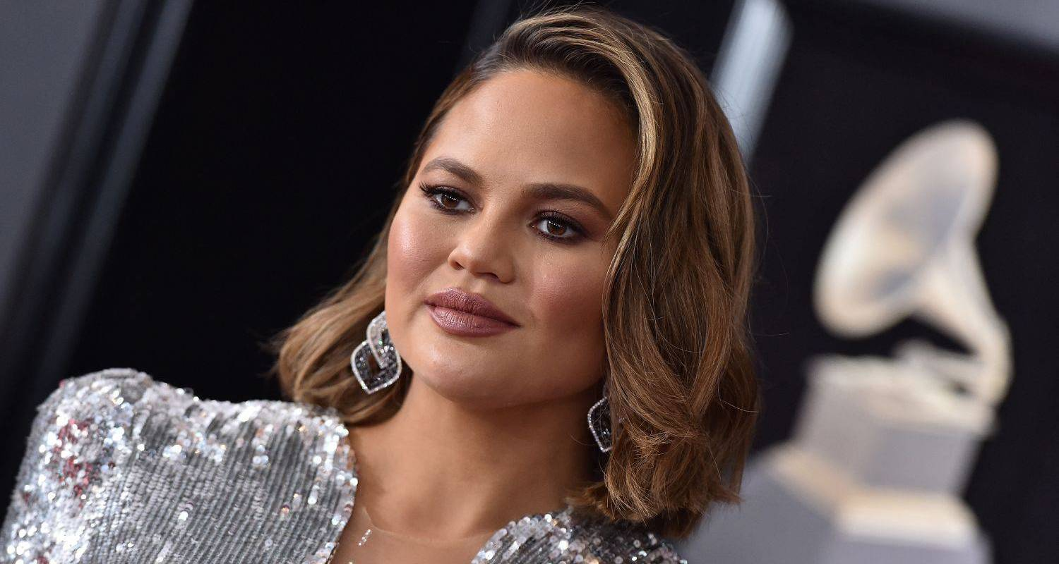 Chrissy Teigen Just Published A Heartbreaking Essay About Lost Losing Her Baby
