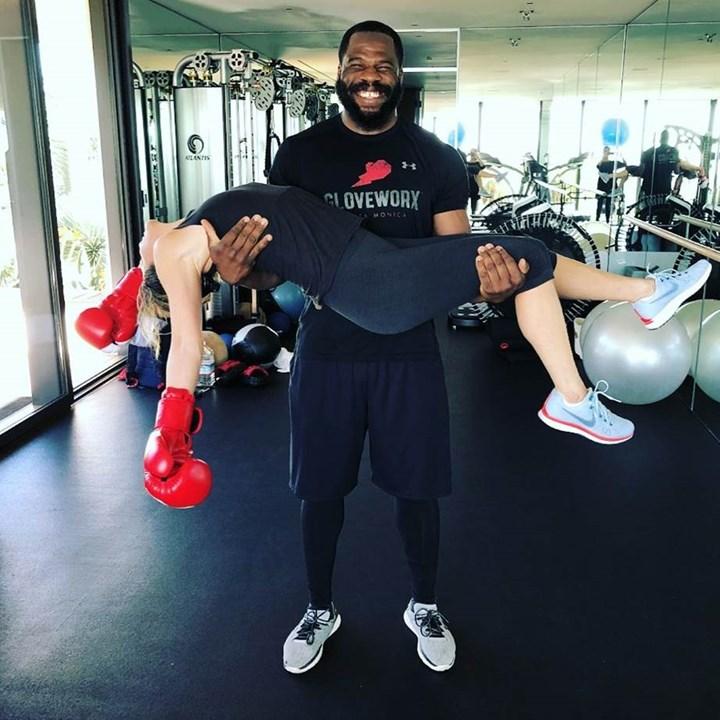 Jennifer Aniston boxing