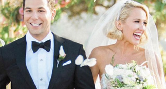 Anna Camp Wedding.Anna Camp And Skylar Austin S Wedding Marie Claire Australia